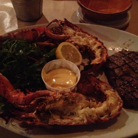 12/22/2012にAndrew R.がBig Easy Bar.B.Q & Crabshackで撮った写真