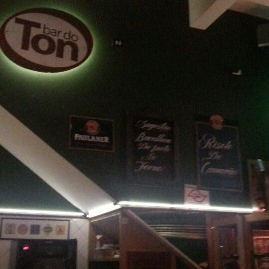 Photo prise au Bar do Ton par Eliane S. le1/5/2013