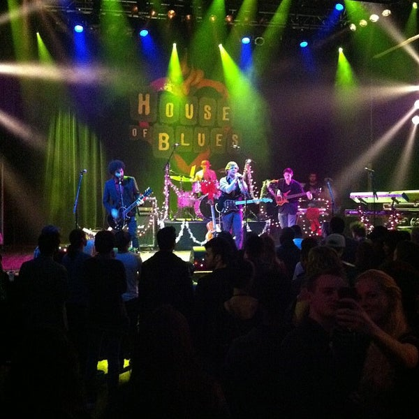 Foto scattata a House of Blues Sunset Strip da Nikki D. il 12/3/2012