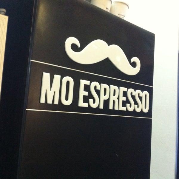 Foto diambil di Mo Espresso oleh Christopher J. pada 11/15/2013