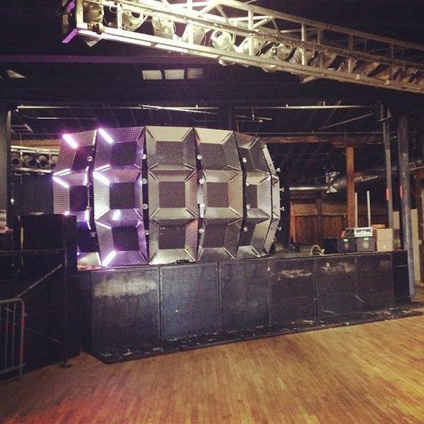 Снимок сделан в The Cannery Ballroom пользователем Brandon J. 9/29/2012