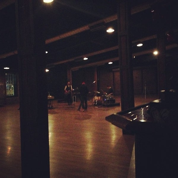 Снимок сделан в The Cannery Ballroom пользователем Brandon J. 12/18/2012