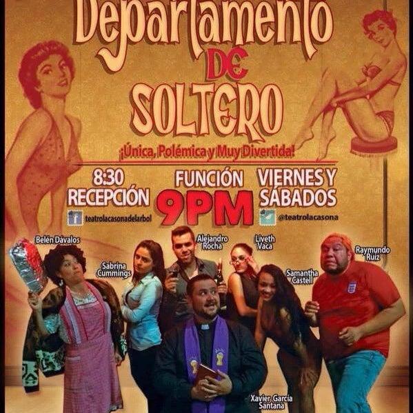 รูปภาพถ่ายที่ La Casona Del Arbol Teatro-Bar & Cocina Show Center โดย Raymundo R. เมื่อ 11/28/2015