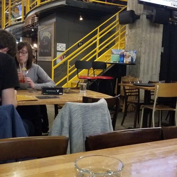 Foto tirada no(a) La Revanche café-pub ludique por Henrique C. em 1/24/2019