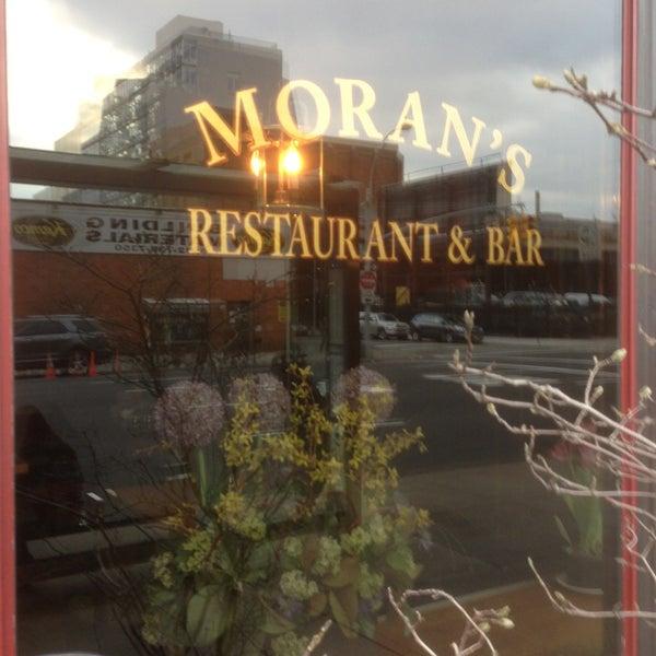 Photo prise au Moran's - Chelsea par John M. le2/25/2013
