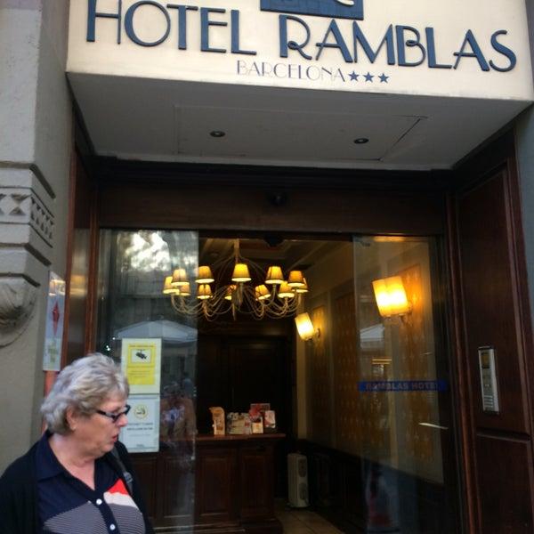 Foto diambil di Hotel Arc La Rambla oleh Olga S. pada 9/16/2017