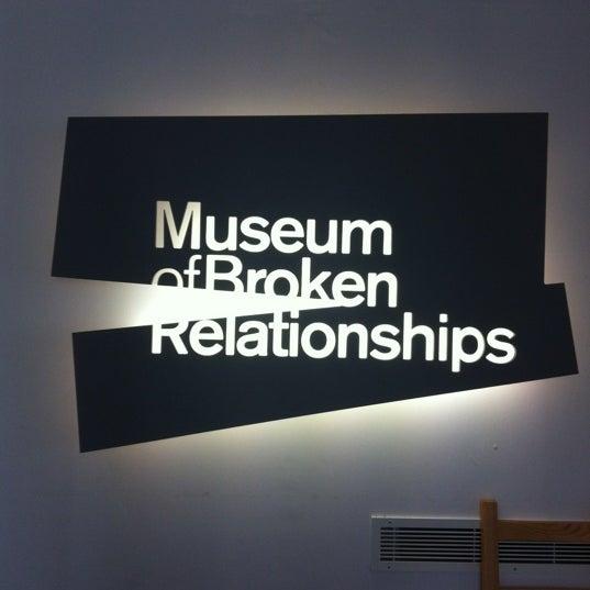 10/6/2012 tarihinde Syafran H.ziyaretçi tarafından Muzej prekinutih veza | Museum of Broken Relationships'de çekilen fotoğraf