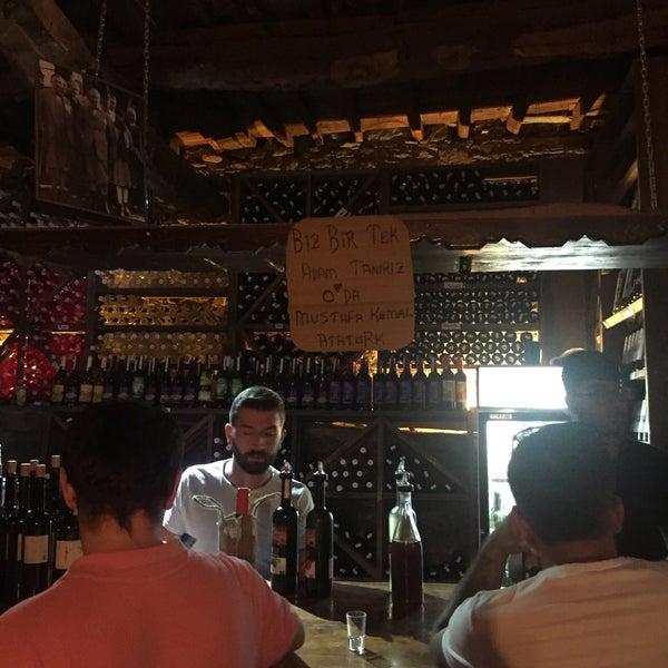 8/20/2018에 Bülent Ç.님이 Üzüm Cafe에서 찍은 사진