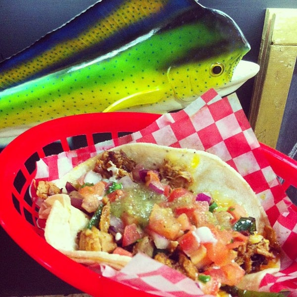 Photo prise au Seven Lives - Tacos y Mariscos par Mark D. le1/11/2013