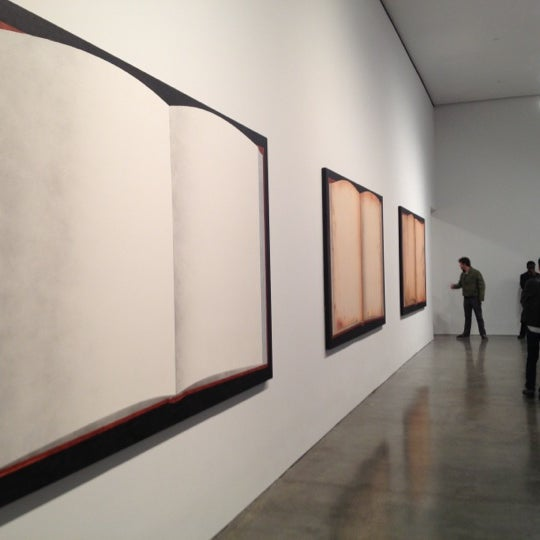 Photo prise au Gagosian Gallery par Jon S. le11/17/2012