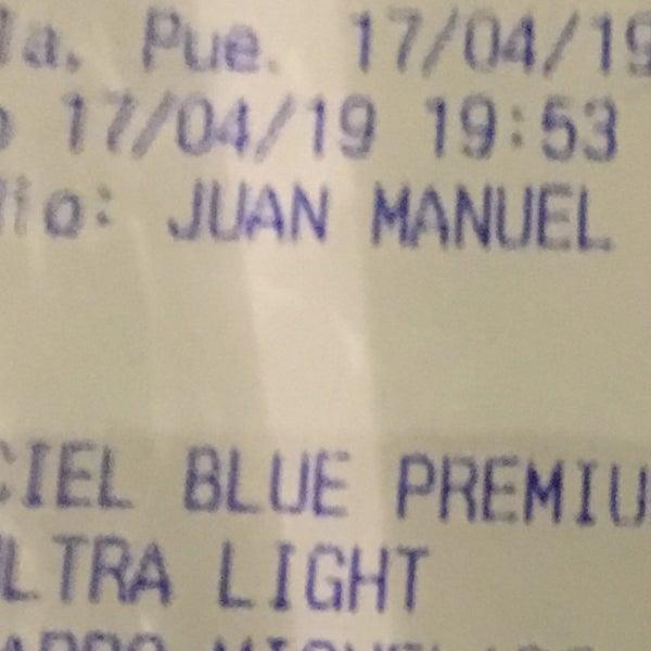 Tengan cuidado ! Te ofrecen 2x1 en cerveza y licores y al final te cobran cada cerveza en $150, el mesero Juan Manuel pésimo ! No vuelvo !