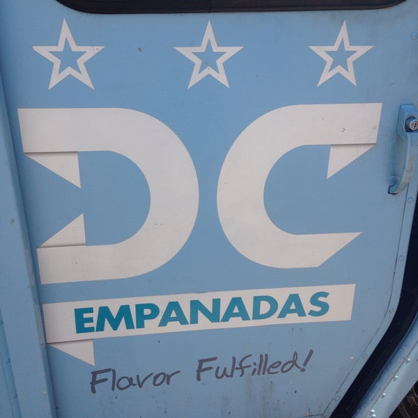 6/12/2015にTeam Faded I.がDC Empanadasで撮った写真