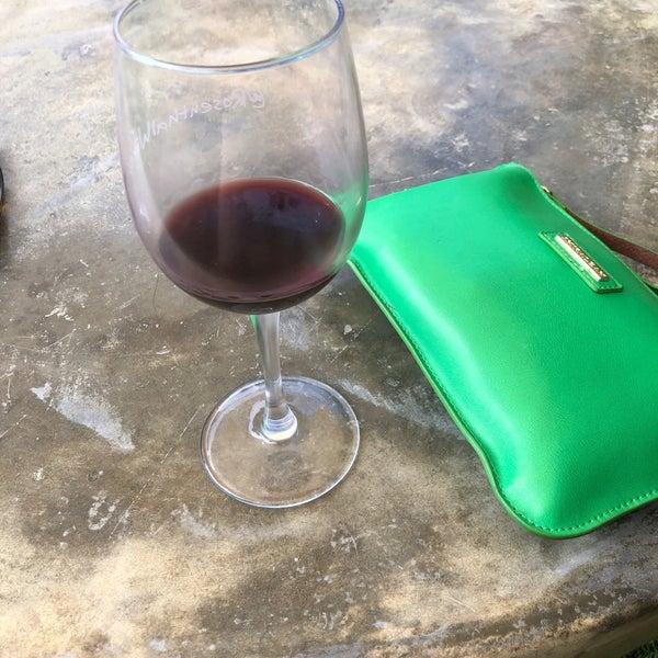 Photo prise au Rosenthal Wine Bar & Patio par Rebekah A. le9/9/2018