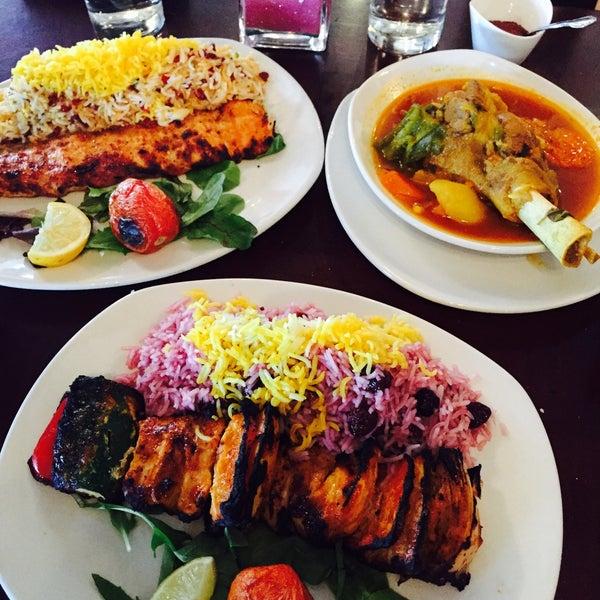 2/18/2015 tarihinde June P.ziyaretçi tarafından Sufi's Restaurant'de çekilen fotoğraf