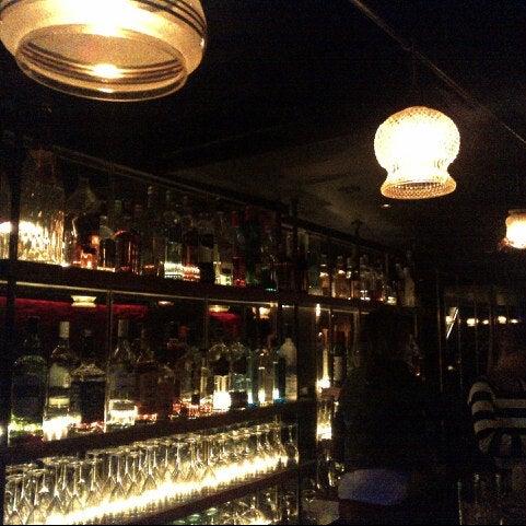 Photo prise au Club Clandestin par Benjamin D. le10/31/2013