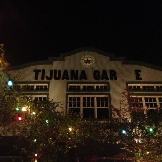 11/11/2012にMagica D.がTijuana Garageで撮った写真