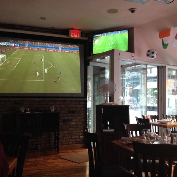6/17/2014 tarihinde Elena F.ziyaretçi tarafından Tio Pepe Restaurant'de çekilen fotoğraf