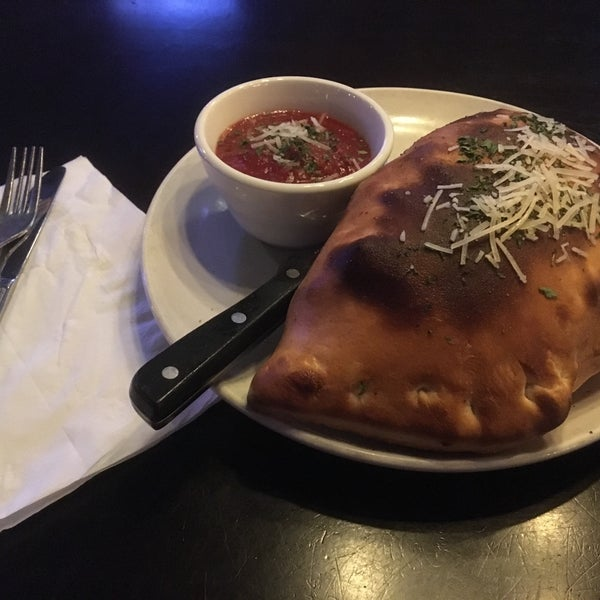 I had the Meat Lover's calzone and it was very good, however the side sauce tasted too much like tomato paste. I told the server and she became defensive.