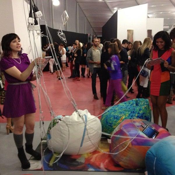 Foto scattata a UNTITLED. Art Fair da Christopher C. il 12/4/2012