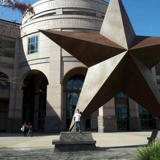 1/21/2013 tarihinde Cara M.ziyaretçi tarafından Bullock Texas State History Museum'de çekilen fotoğraf
