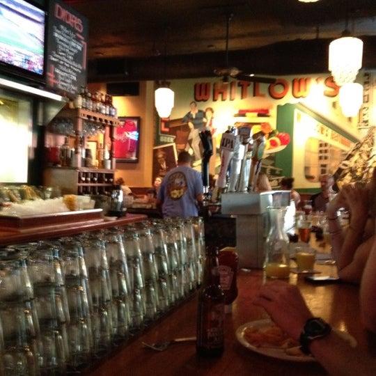 Foto diambil di Whitlow's on Wilson oleh Joshua M. pada 9/2/2012