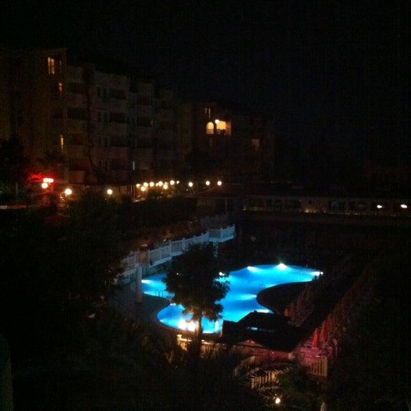 6/23/2013 tarihinde Harri S.ziyaretçi tarafından Club Paradiso Hotel & Resort'de çekilen fotoğraf