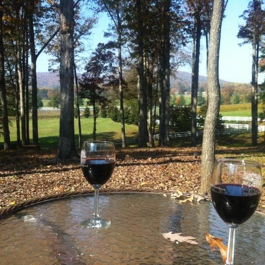 10/25/2012 tarihinde Ryan K.ziyaretçi tarafından Keswick Vineyards'de çekilen fotoğraf