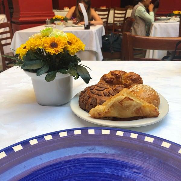รูปภาพถ่ายที่ Catedral Restaurante & Bar โดย Maria E. D. เมื่อ 4/5/2019