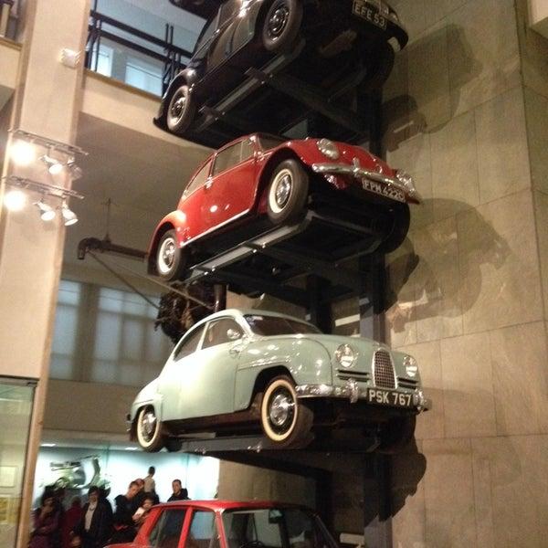 11/17/2013 tarihinde Artemy U.ziyaretçi tarafından Science Museum'de çekilen fotoğraf
