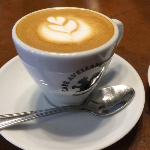 Más que un espresso macchiato este era un mini cappuccino, de todos modos estaba riquísimo. Seguro regreso.