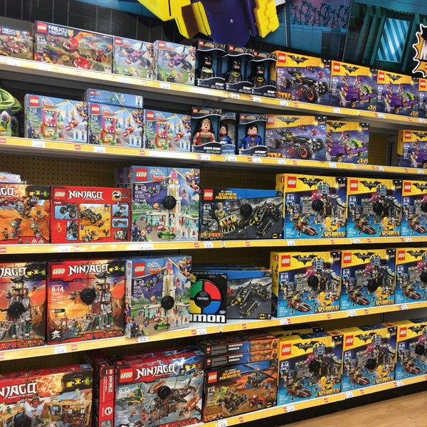 Photos At Toys R Us Now Closed San Juan San Juan