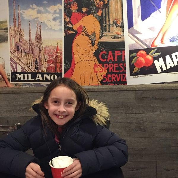 Foto diambil di Massa Cafe Italiano oleh patricia z. pada 2/18/2017