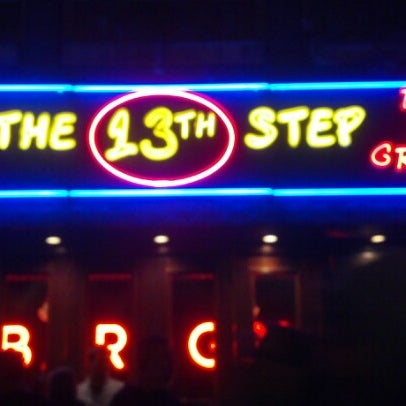 Foto tirada no(a) The 13th Step por Melody d. em 11/18/2012