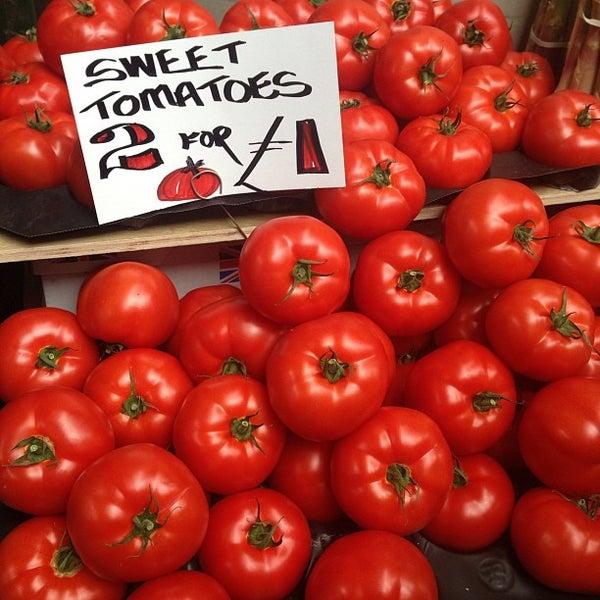 Foto tirada no(a) Borough Market por Gilson J. em 5/24/2013