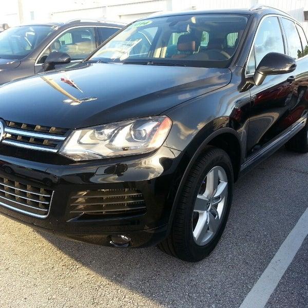 Lokey Volkswagen - Auto Dealership
