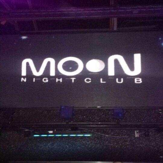 Photo prise au Moon Nightclub par Nelson N. le3/24/2014