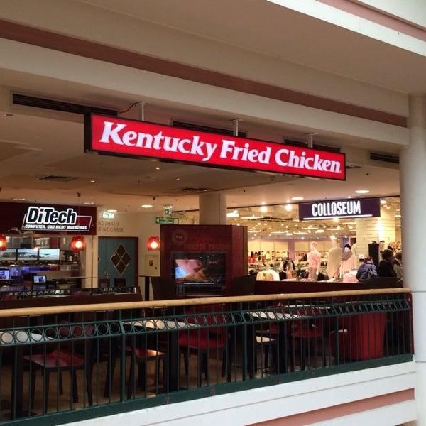Photos At Kentucky Fried Chicken Fried Chicken Joint In Fünfhaus