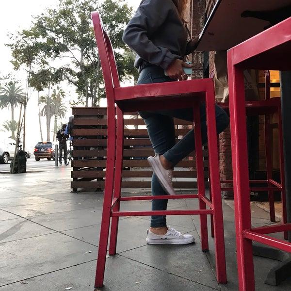 Foto scattata a Joe's Pizza da zArchitect V. il 11/19/2018