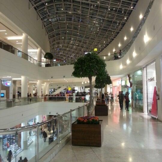 Foto tirada no(a) Shopping Palladium por Ricardo M. em 1/21/2013