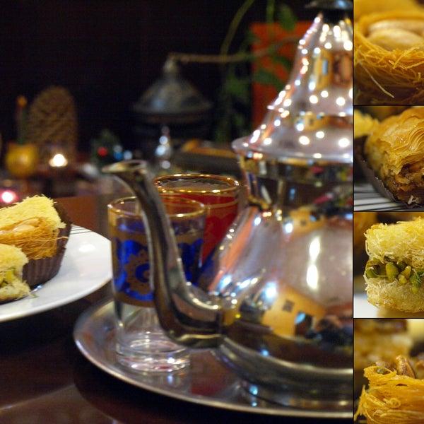 Foto tomada en Aljuzama Restaurante Árabe Halal por Aljuzama Restaurante Árabe Halal el 5/17/2014