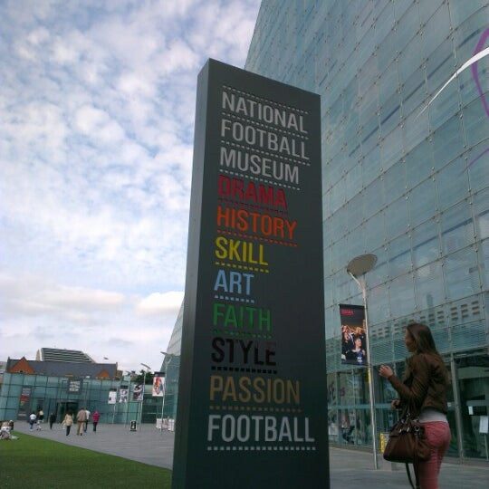 9/15/2012 tarihinde Juliana H.ziyaretçi tarafından National Football Museum'de çekilen fotoğraf