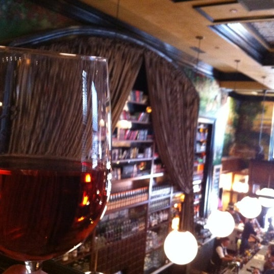 11/11/2012에 Amy C.님이 The Misfit Restaurant + Bar에서 찍은 사진