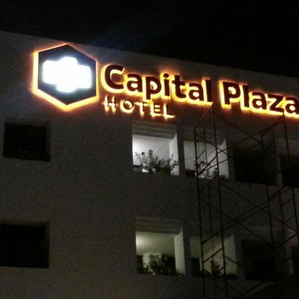 5/19/2014에 Juan Carlos S.님이 Capital Plaza Hotel에서 찍은 사진