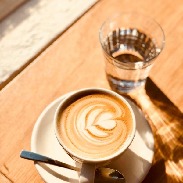 5/1/2018にMichal👾 V.がEveryday Coffeeで撮った写真