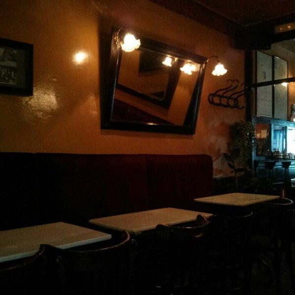 Photo prise au Café de Ruiz par Jose Antonio S. le5/23/2013