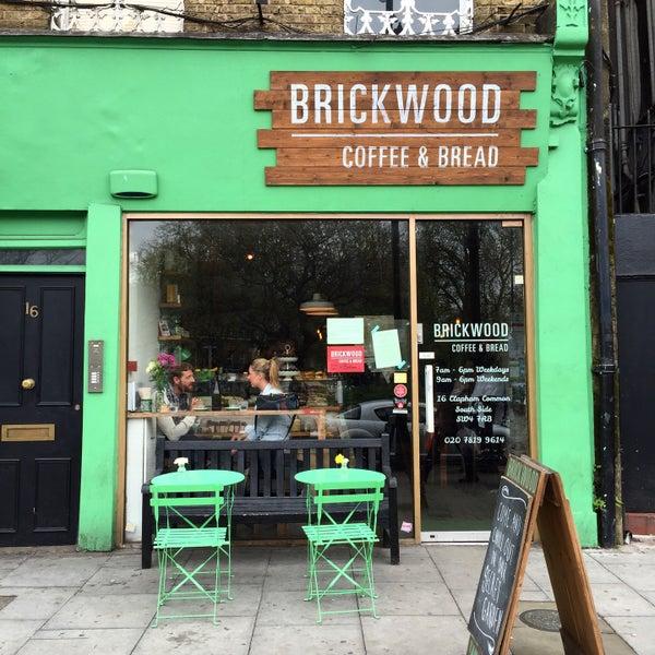 Foto diambil di Brickwood Coffee & Bread oleh Viktoria pada 4/26/2015