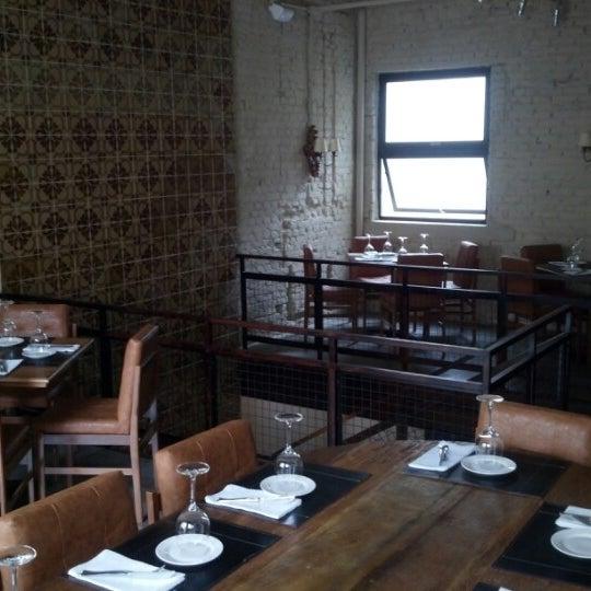 Photo prise au Restaurante Miya par Felipe T. le11/2/2012