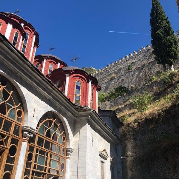 утро, солнышко монастырь святого викентия фото запоминающихся шумных