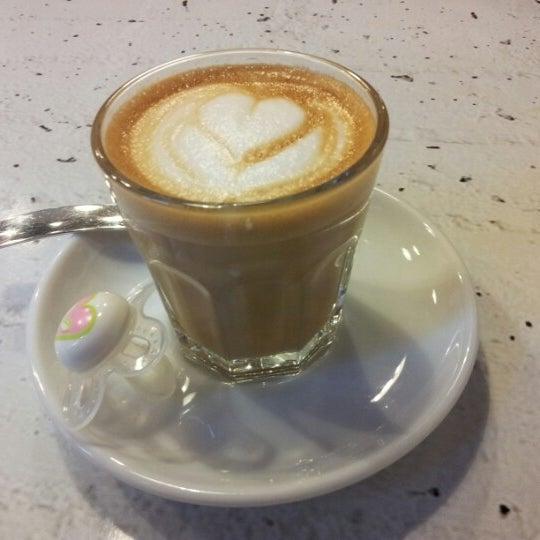 1/26/2013에 István S.님이 Tamp & Pull Espresso Bar에서 찍은 사진
