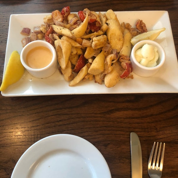 """So impressed by the vegan """"calamari"""" (made with heart of palm)! Veggie tacos were also delicious. Definitely need to try more of the vegan menu!"""
